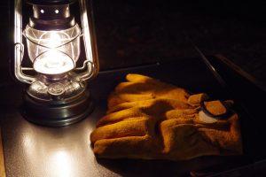長時間連続点灯・風にも強い!キャンプの夜を盛り上げるオイルランタン
