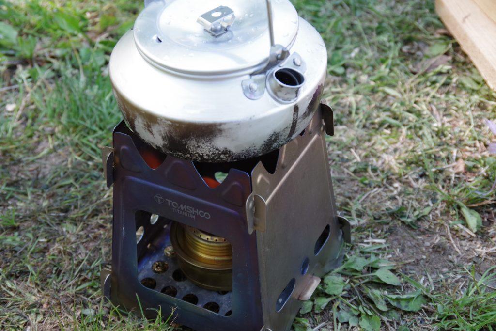 トランギアのケトルで湯沸かし