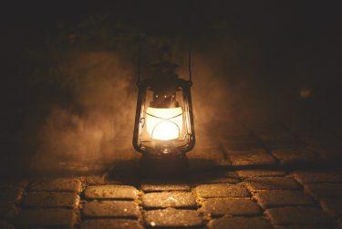 ランタンの明るさ、イメージできますか?明るさの単位の話