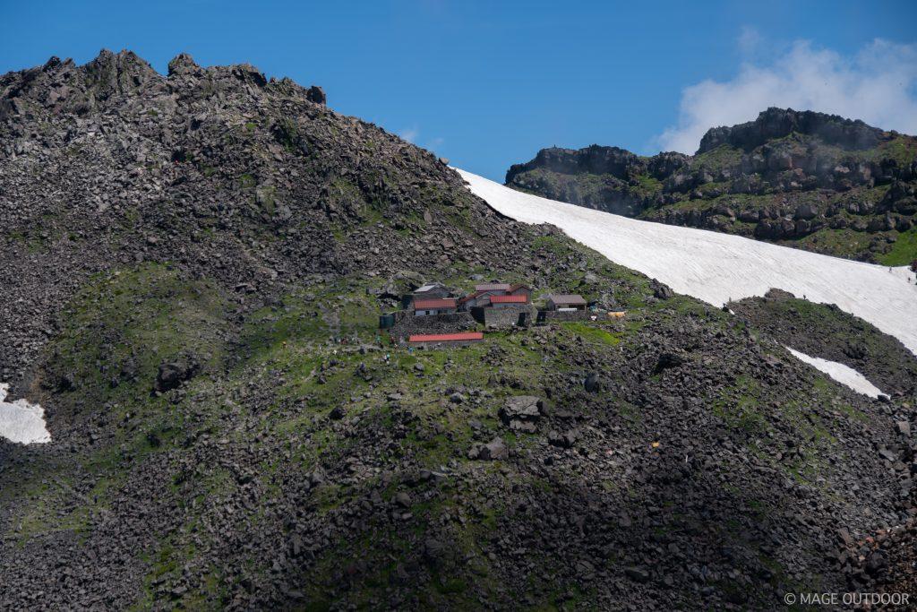 鳥海山頂御室小屋